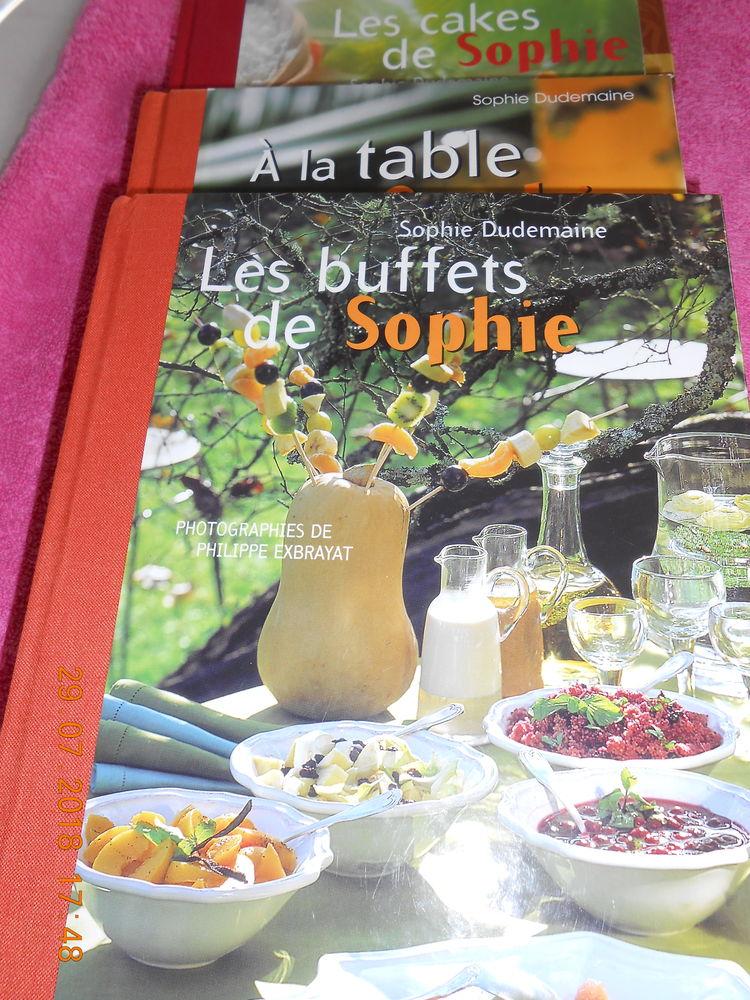 livre de recette broché Julie Andrieu et Sophie neuf 5 Marck (62)