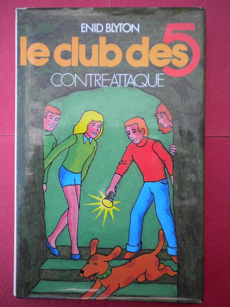 12 LIVRES ADOLESCENTS Garçons ? 9 Livres et BD