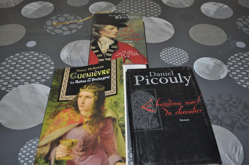 Lot de livres avec entre autre  Michel Picouly  5 Perreuil (71)