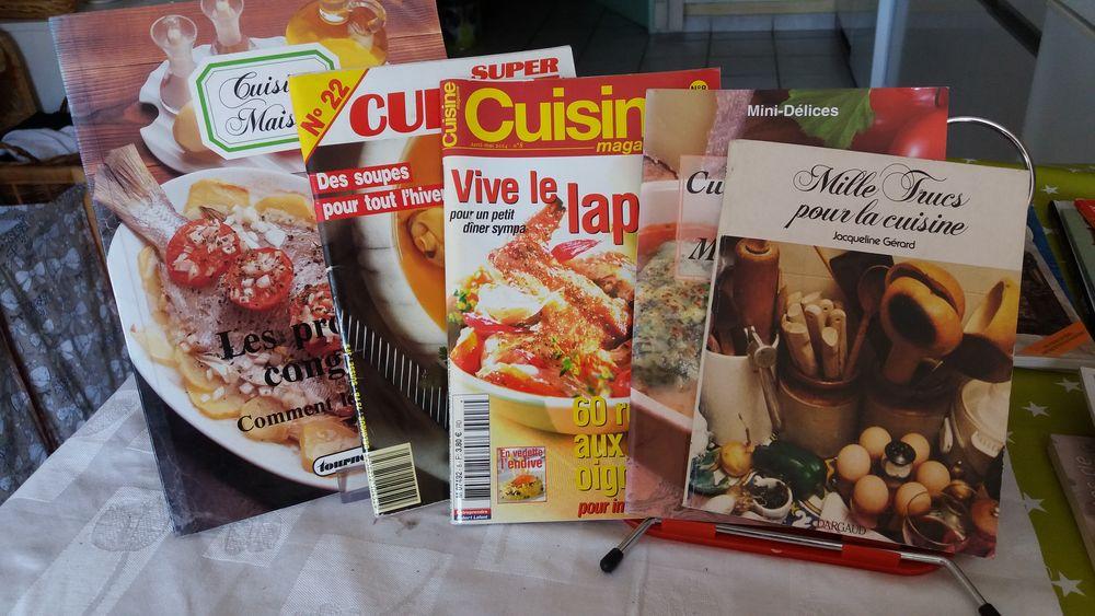 Lot de 5 livres de cuisine 5 Charantonnay (38)