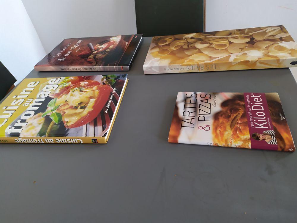Lot 4 livres de cuisine Livres et BD