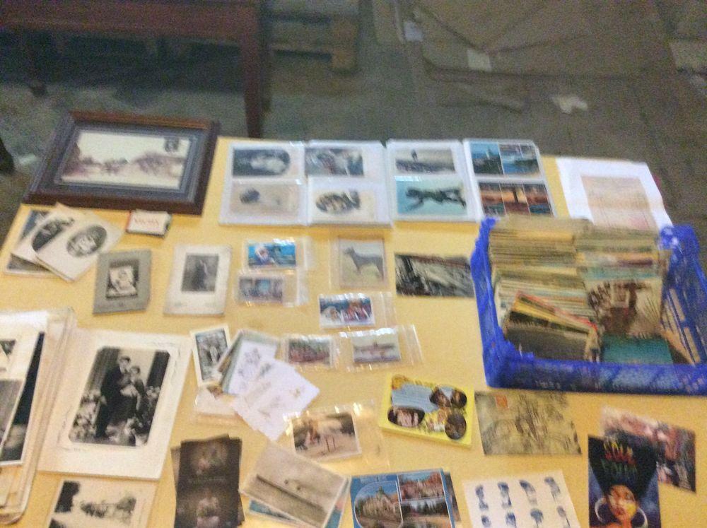 livres, BD, CD, DVD, disques, cartes postales 1 Villers-Bretonneux (80)