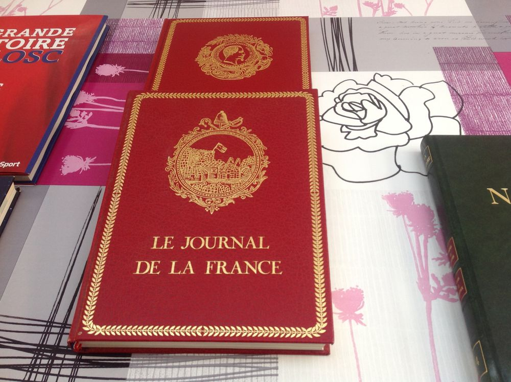 livres encylopedie 3 Tourcoing (59)