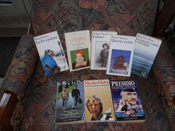 Lot de 8 livres, 5 littéraire français lycée-Univ Livres et BD