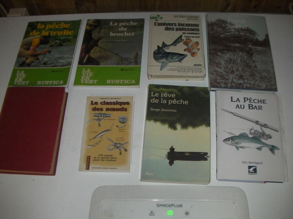 8 livres de pêche N° 173 à 180 1 Roques (31)