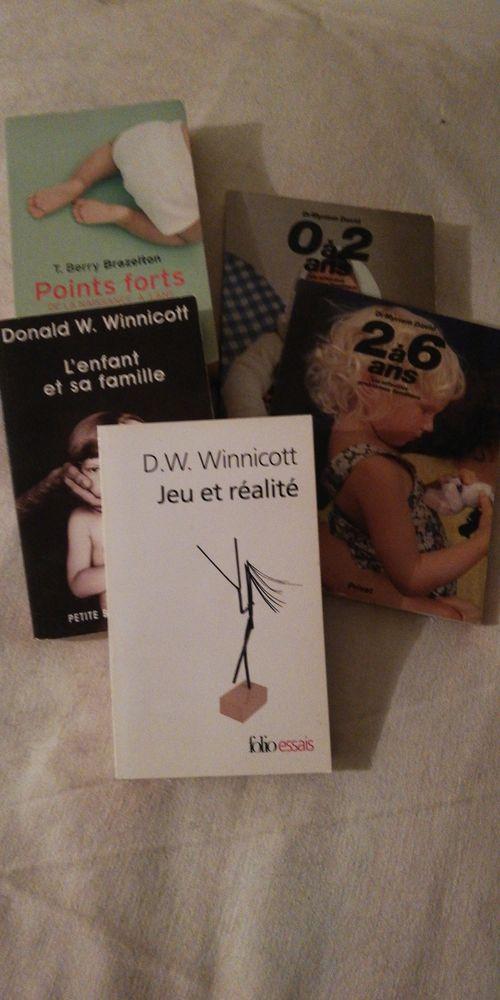 Lot de 5 livres Petite enfance 10 Saint-Etienne-de-Tulmont (82)
