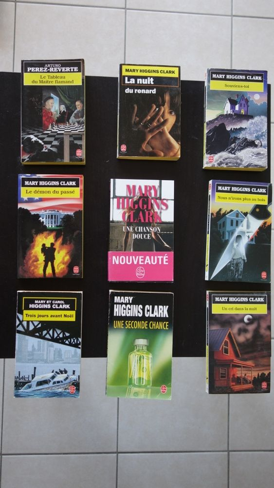 Livres de poche : Mary Higgins Clark, Perez Reverte 2 Hyères (83)