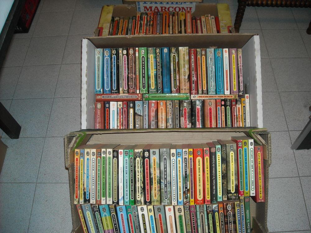 lot livres de poche a 100