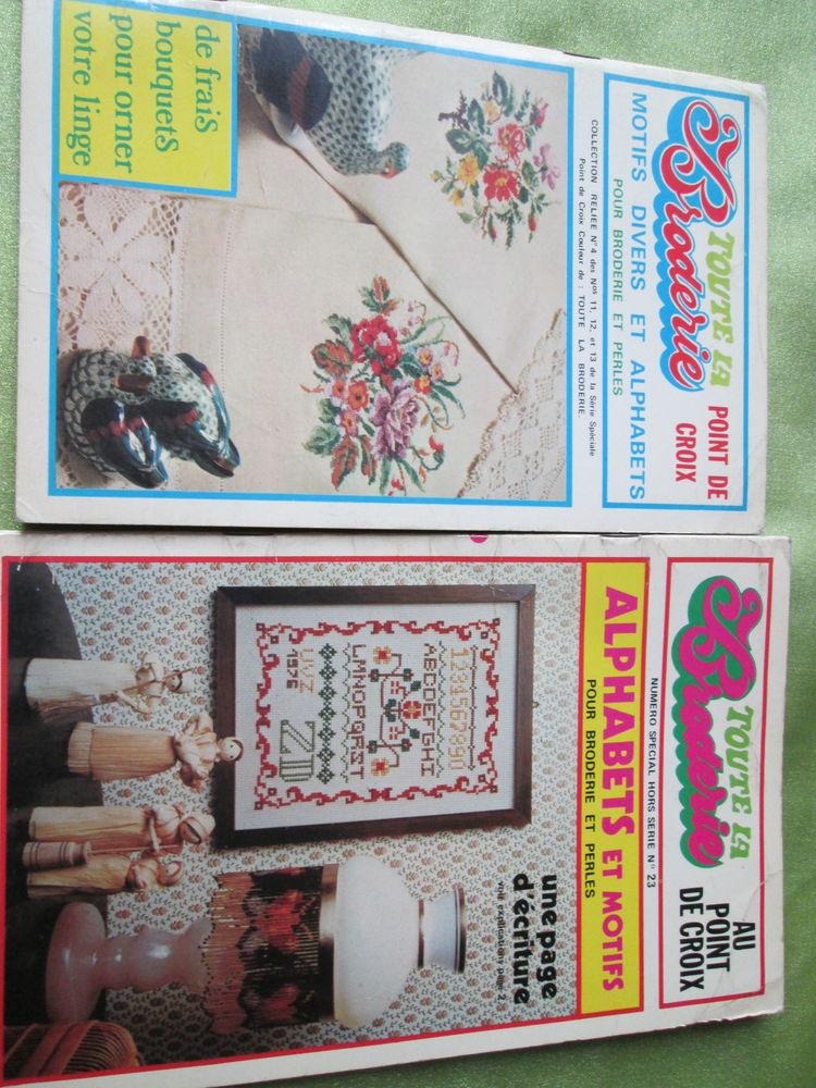 2 Livres pour broderie avec beaucoup de diagrammes 15 Goussainville (95)