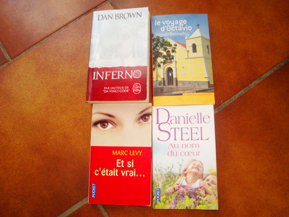 3 Livres roman 9 Nimes (30)