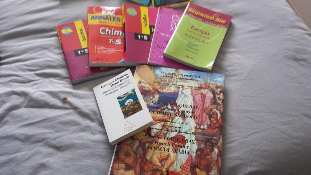 Livres scolaires, livres de poches, livre Lenôtre, Livres et BD