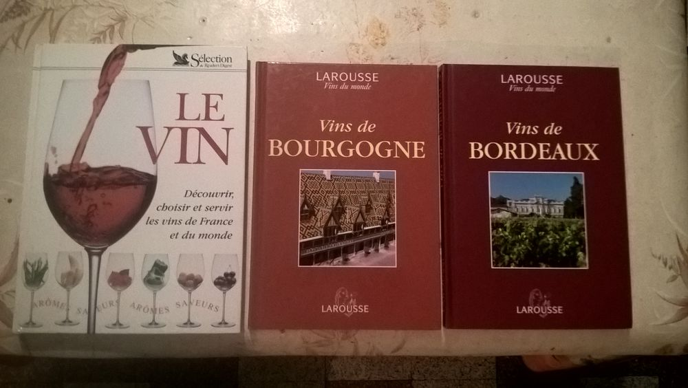 Livres sur le thème du vin. 12 Flers-en-Escrebieux (59)