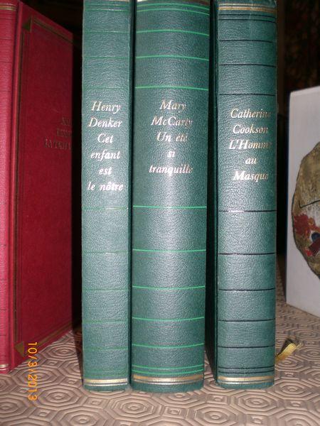 3 livres verts couverture brochée  15 Châlette-sur-Loing (45)
