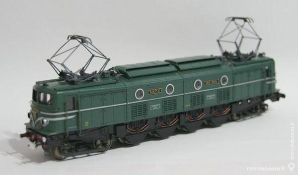 Locomotive 2D2-9134 Jouef réf 8483 100 Yzeure (03)