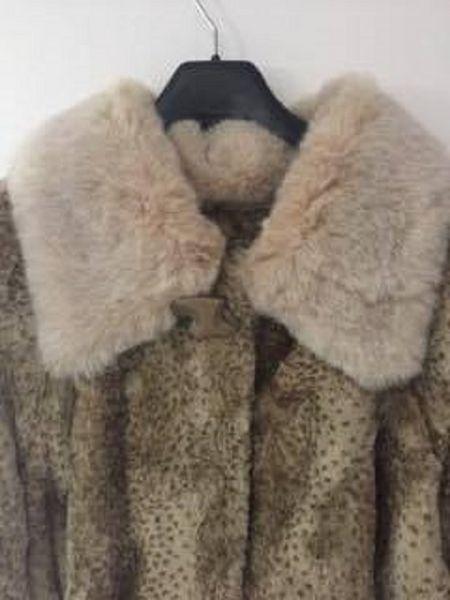 Long manteau femme en peau et fourrure  300 Calais (62)