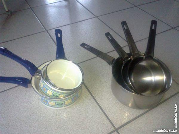 Lots casseroles et poêles 5 Challans (85)