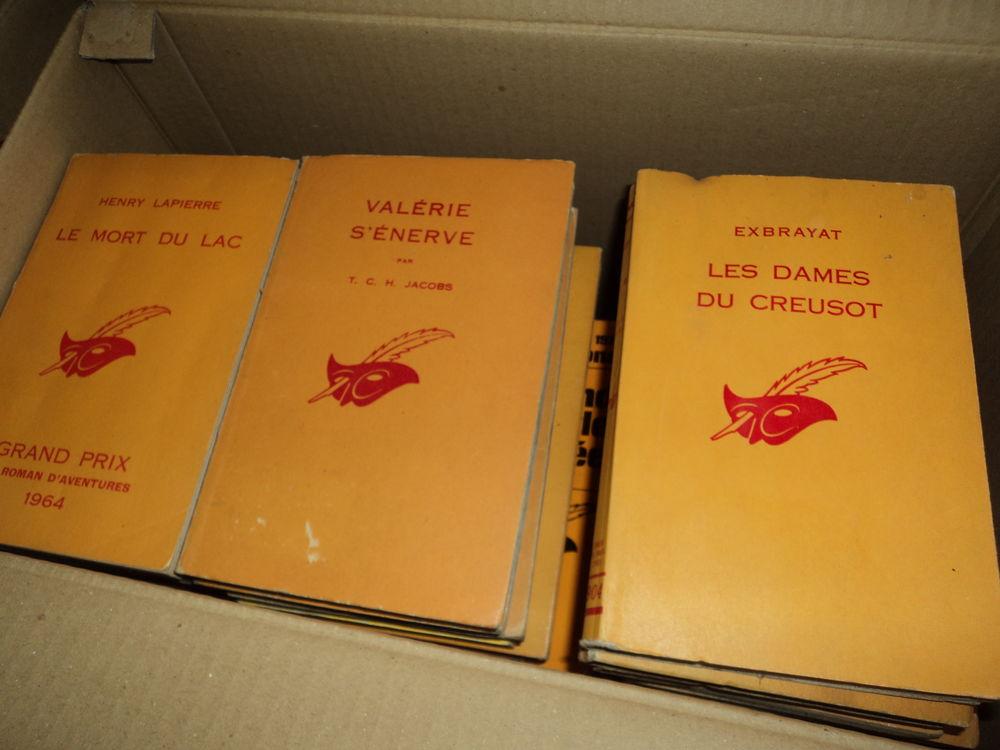 LOTS DE LIVRES.  / ROMANS ,POLICIERS ,GUERRE,  10 Mailly-le-Château (89)