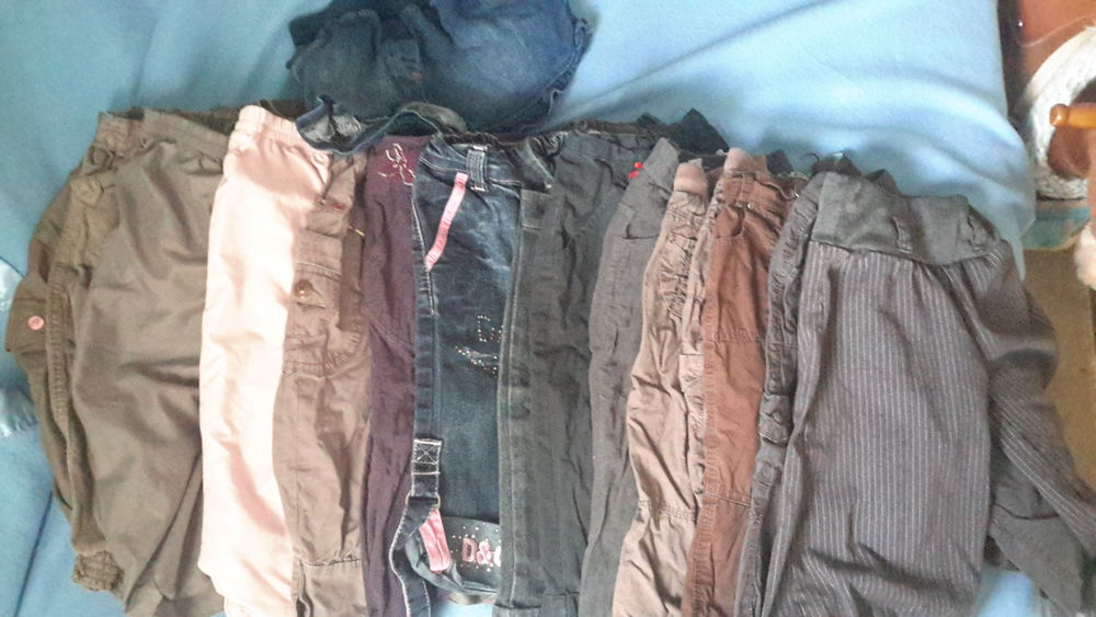 Lots pantalon fille 2/3ans 14 Bosjean (71)