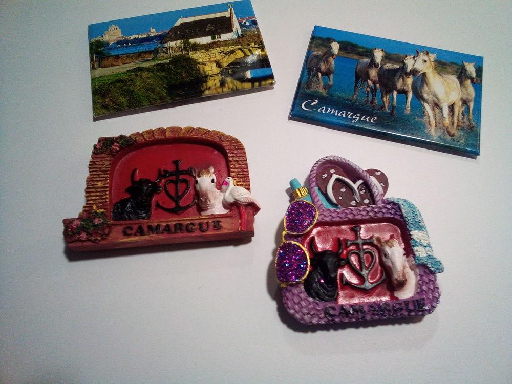 Lots de 400 pièces magnets aimantées Camargue. 50 Saintes-Maries-de-la-Mer (13)