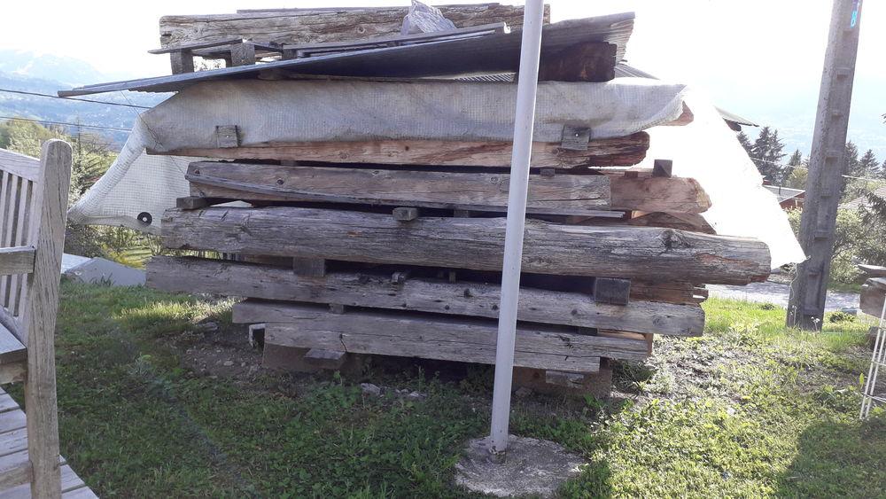 lots de poutres vieux bois 350 euros 350 Passy (74)