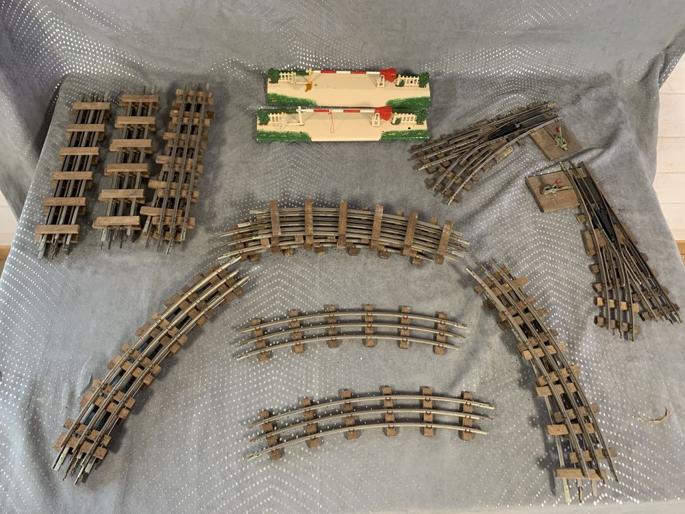 Lots n 38 Rails train miniatures modelisme feroviaire. 129 Pierrelaye (95)