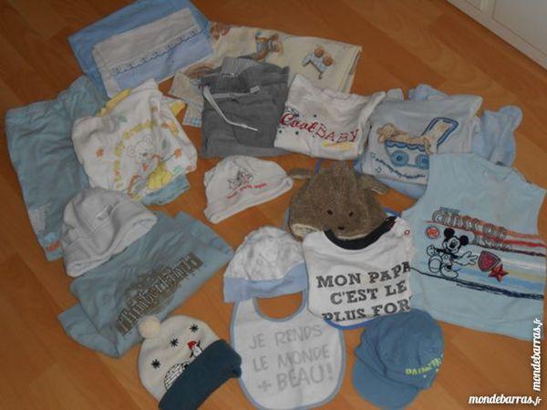 lots de vêtements   (0 à 2 ans) 15 Melun (77)