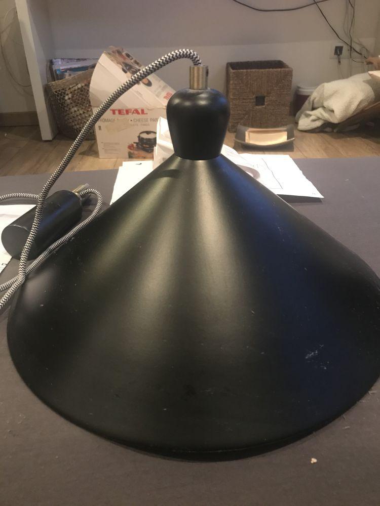 Luminaire  MADE.COM Modele Ogilvy, suspension 69 Marseille 8 (13)