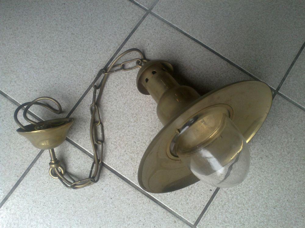 Luminaire  marine  en laiton 45 Challans (85)