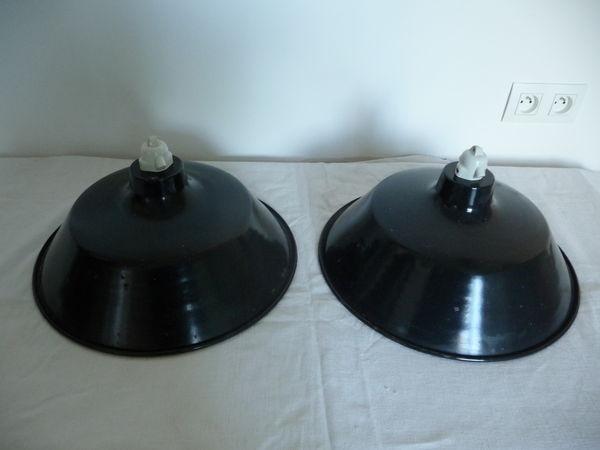Luminaires suspensions noires émaillées, années 50 40 Ris-Orangis (91)