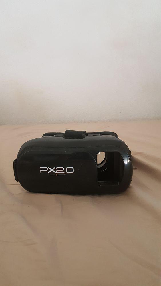 lunettes 3D pour regarder des films de manière virtuelle. 75 Pessac (33)