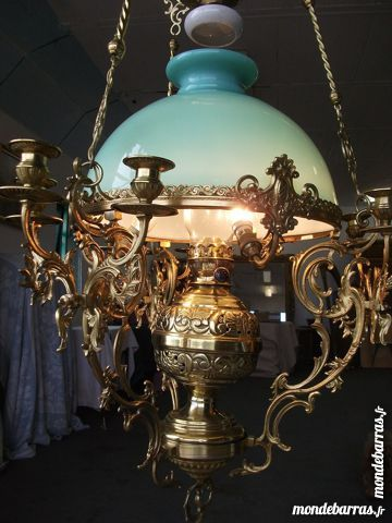 lampes occasion annonces achat et vente de lampes paruvendu mondebarras page 4. Black Bedroom Furniture Sets. Home Design Ideas