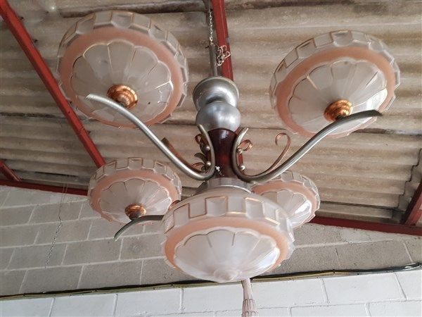 Lustre / suspension. 35 Égreville (77)