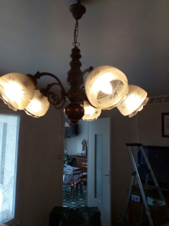 lustre  20 Cluny (71)