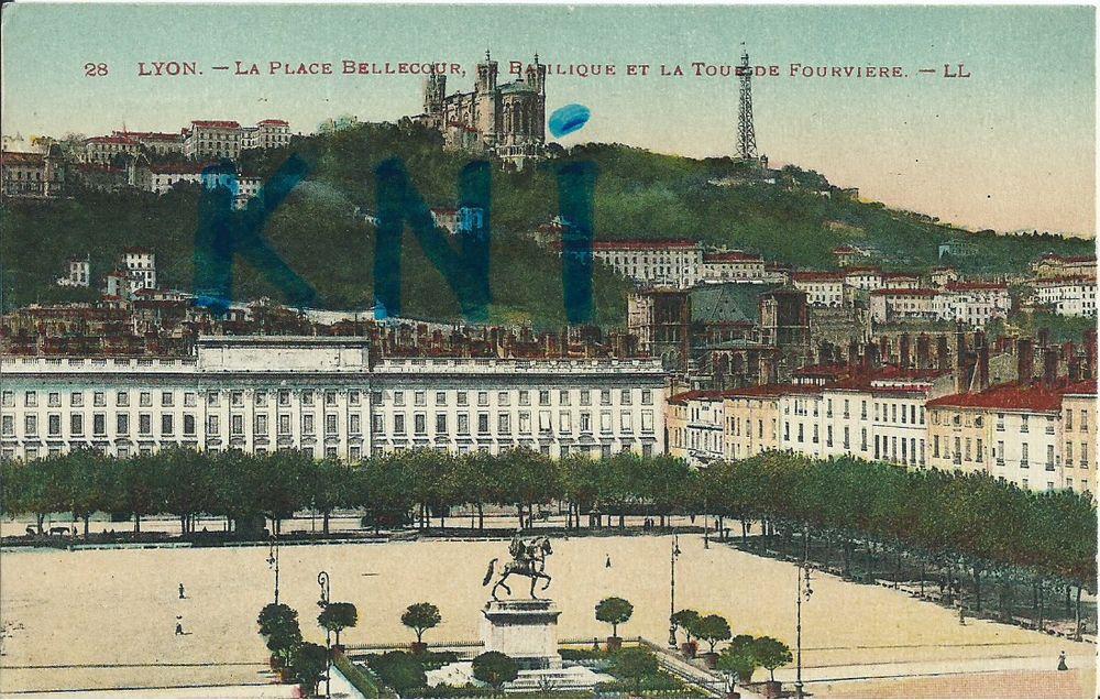 69 Lyon , La place Bellecour