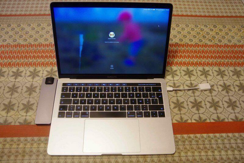 Macbook Pro Touch-bar, 13 , 1 To, année 2017 1700 La Rochelle (70)
