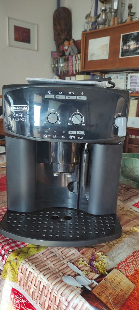 Machine a café Delonghi ésam 2600 Corso 200 Annemasse (74)