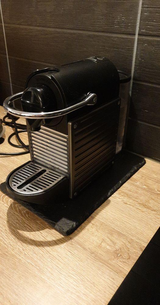 Machine a café expresso 46 Marseille 15 (13)
