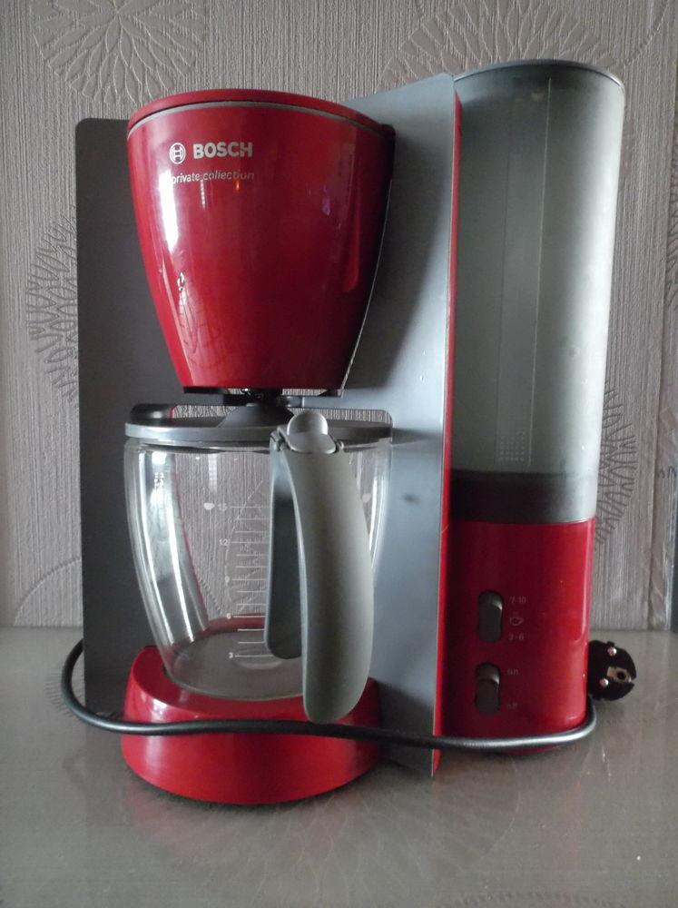 Machine à café filtre BOSCH 30 Les Magnils-Reigniers (85)