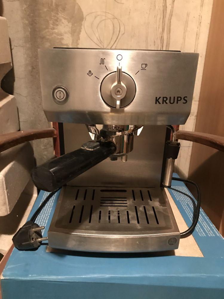 Machine à café pression   0 Bourgoin-Jallieu (38)