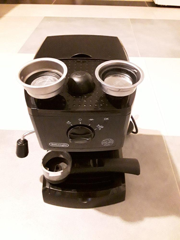 Machine à  café  60 Saint-Hilaire-Bonneval (87)