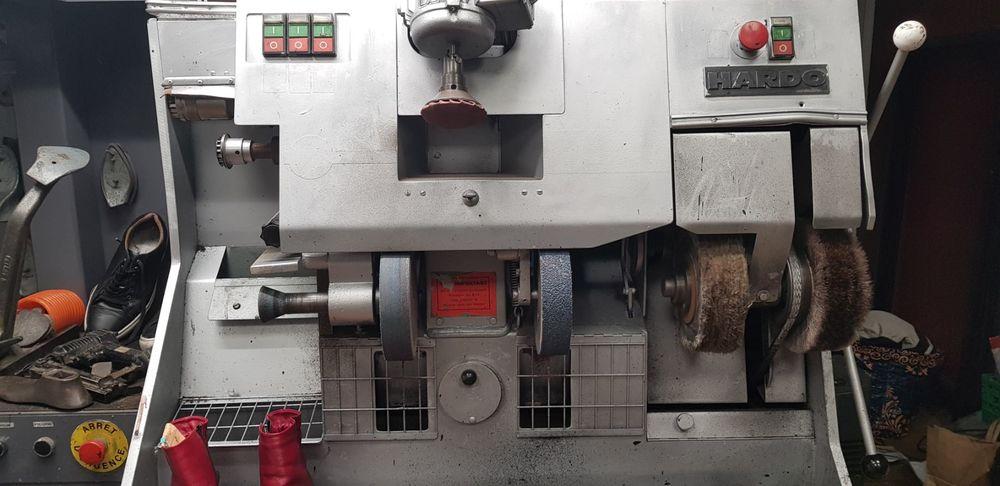 machine cordonnier 2400 Montargis (45)
