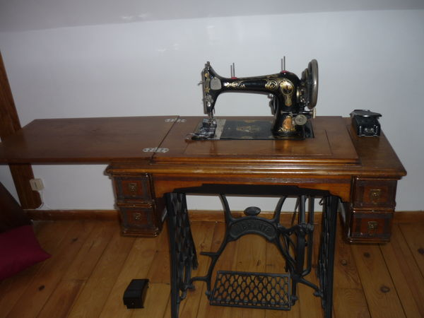 MACHINE A COUDRE ANCIENNE 150 Traînel (10)