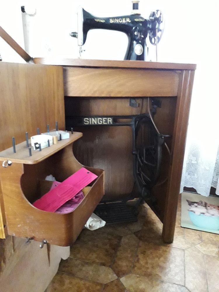 Machine à coudre ( ancienne ) 60 Bar-sur-Seine (10)