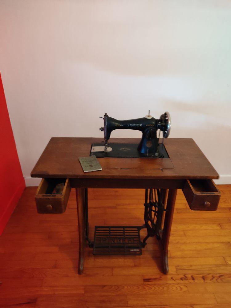 Machine à coudre ancienne Singer 800 Lannilis (29)