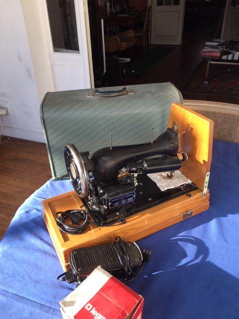 Machine a coudre electrique ancienne OMEGA 40 Bordeaux (33)