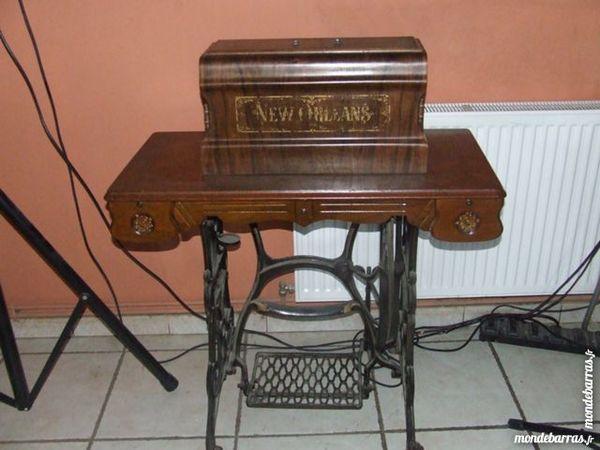 Machine à coudre SINGER 60 Saint-Martin-d'Estréaux (42)