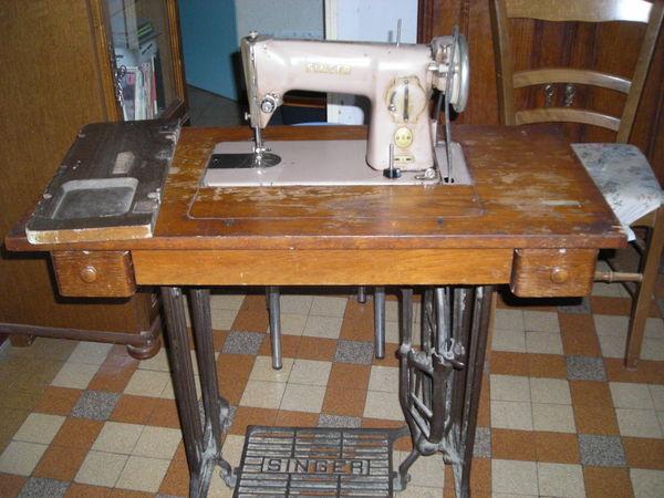 machine a coudre SINGER 0 Neuilly-le-Réal (03)