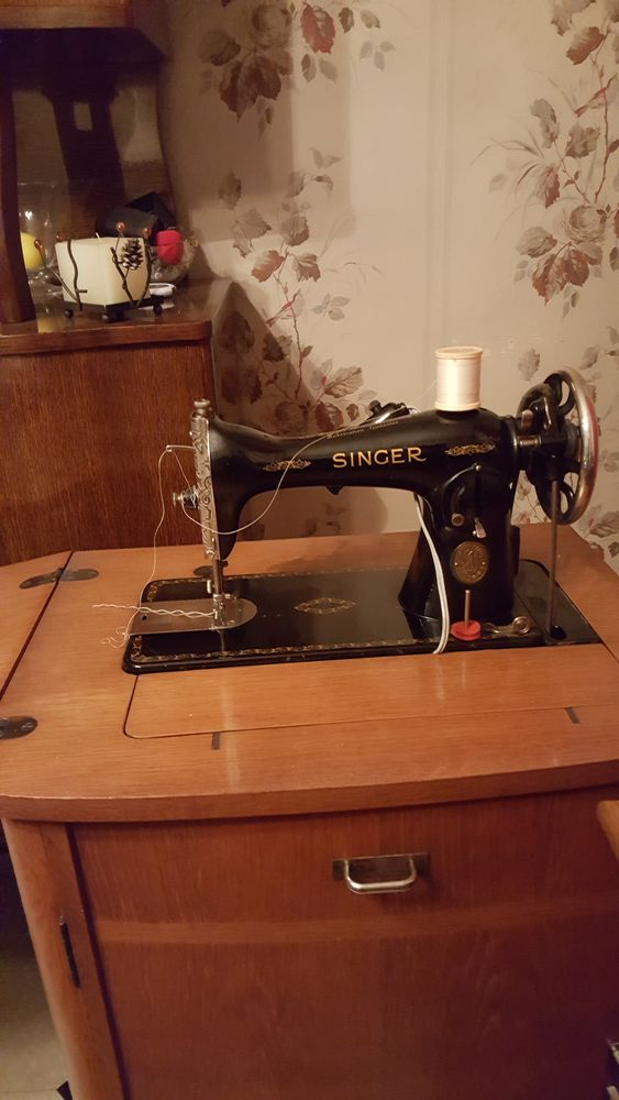 Machine a coudre singer ancienne 130 Pontfaverger-Moronvilliers (51)