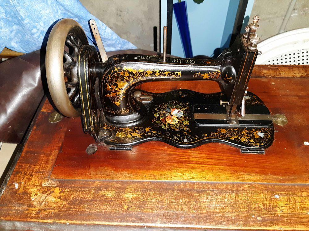 Machine a coudre 400 Saint-Péray (07)