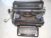 Machine à écrire ancienne 35 Limoges (87)